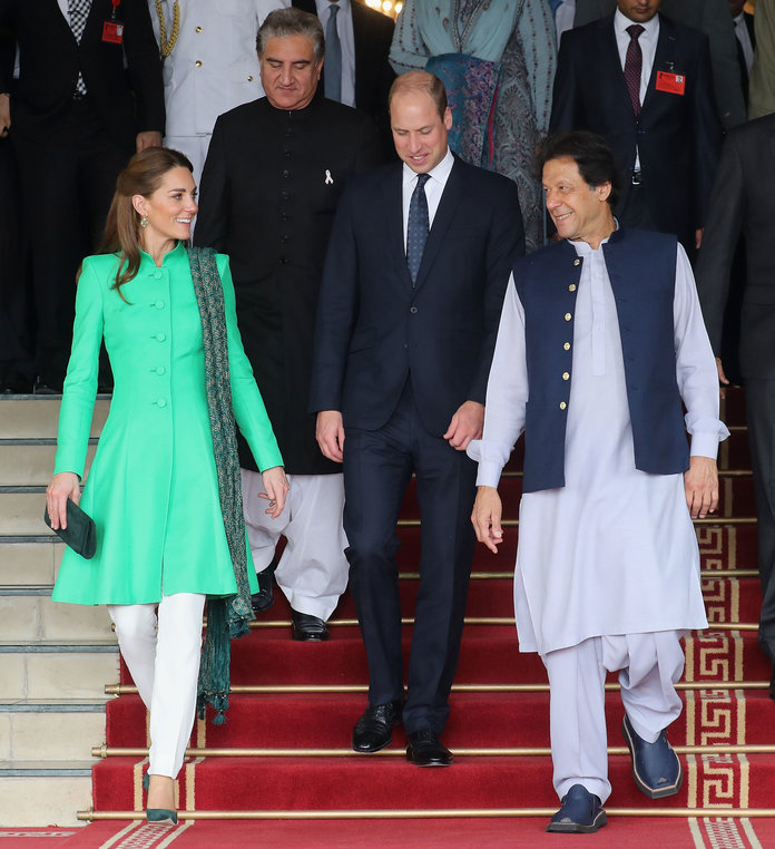 Duchess-of-Cambridge-greeted-by-Prime-Minister-Imran-Khan