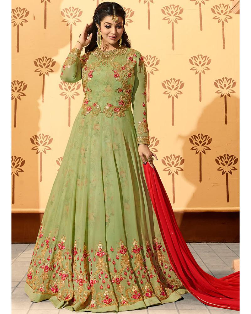 Ayesha-Takia-in-ravishing-gown-dress