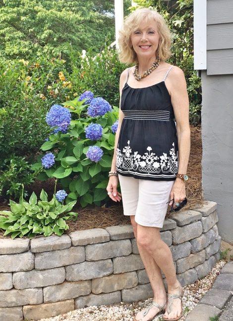 Summer-Dresses-for-Women-over-50