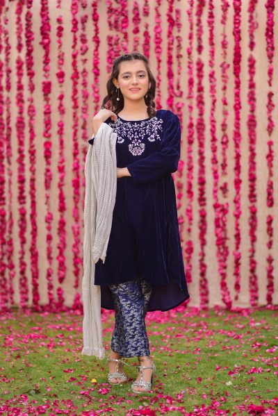Pakistani-kids-clothes-velvet-formal-wear